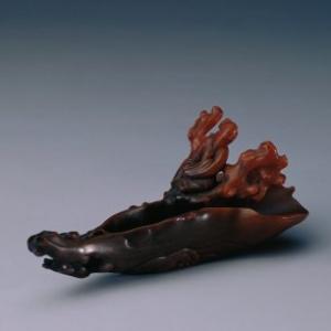 犀角镂雕花木人物槎杯