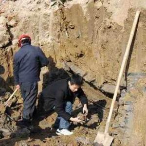 农民修路发现宋代古墓