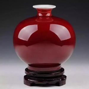 康熙郎窑红釉瓷器物罕而价昂