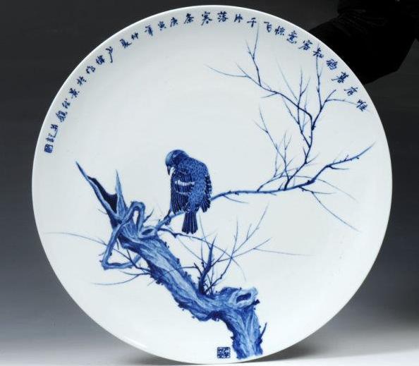 69 明代青花瓷的文化造诣  69    纹饰,色彩,画法:纹样比造型更具图片