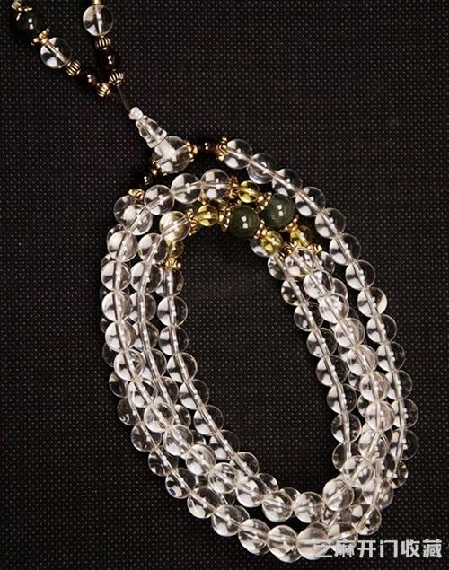 「首饰图片」如何挑选白水晶手链 佩戴方法有哪些